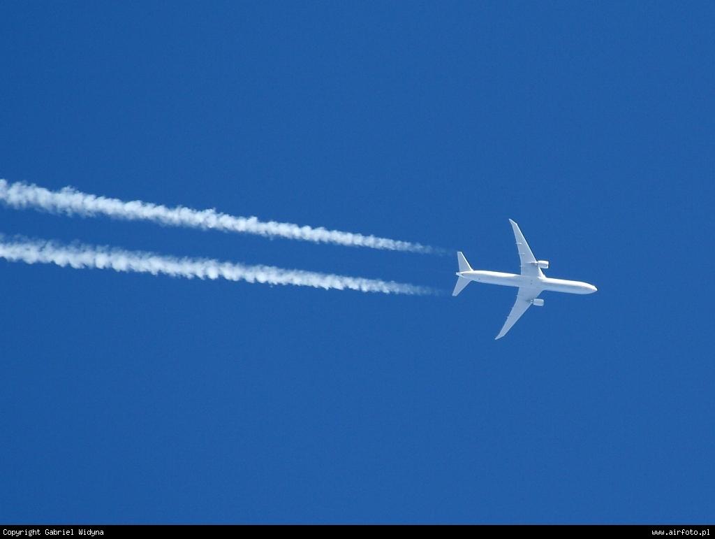 74728